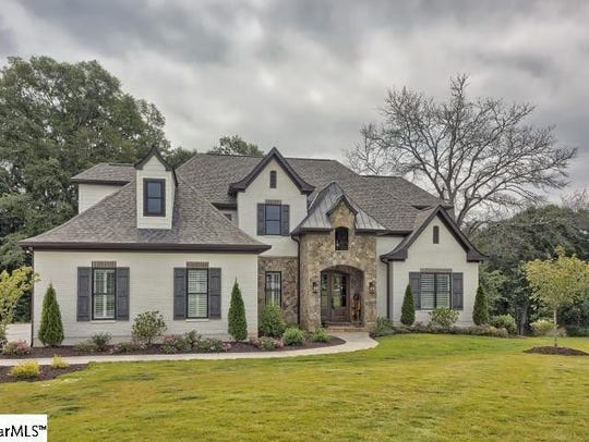 Sold for $905,000 in Piedmont.