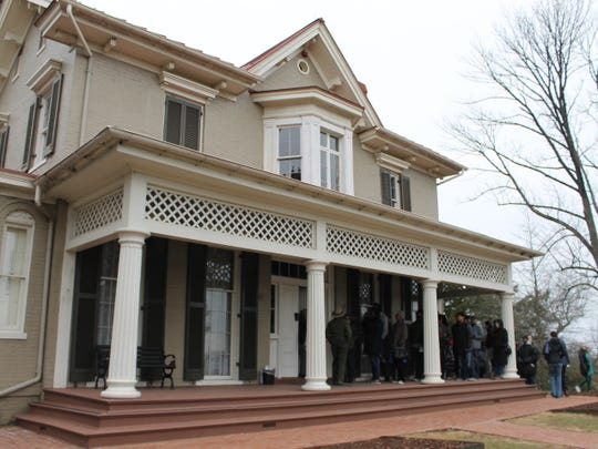 People waiting in line to tour Frederick Douglass' Cedar Hill home.