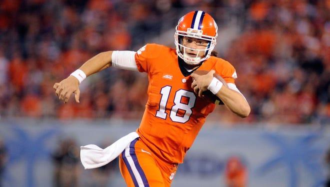 Clemson quarterback Cole Stoudt runs the ball against Oklahoma Sooners at Florida Citrus Bowl.