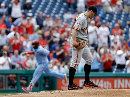 Giants_Phillies_Baseball_81369.jpg