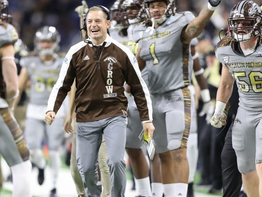 Coach P.J. Fleck and the Western Michigan sideline