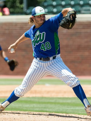 Florida Gulf Coast's Kutter Crawford delivers a pitch during an NCAA baseball tournament regional game in Chapel Hill, N.C. on Friday, Jun. 2, 2017.