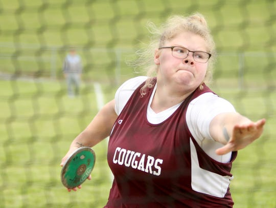 Stuarts Draft's Paetyn Beverly throws in the discus