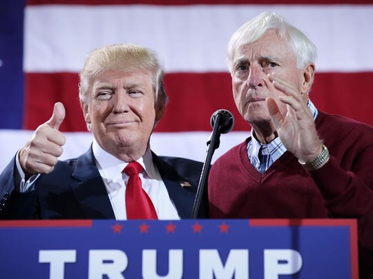 Bobby Knight campaigning with Donald Trump in 2016.