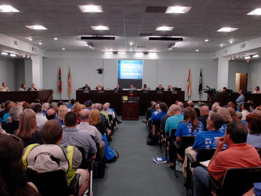 County Commissioner Save Our Lagoon metting