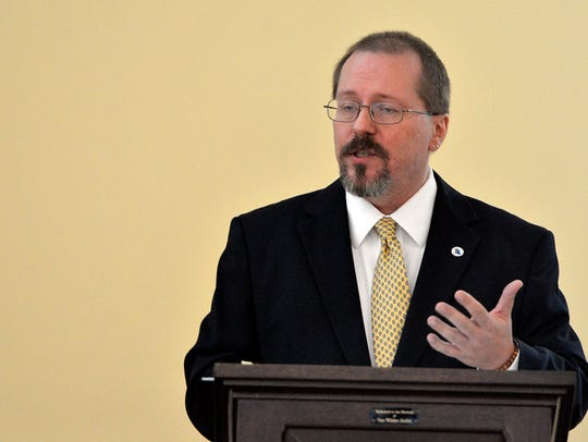 In this file photo, outgoing Chairman Bob Kefauver