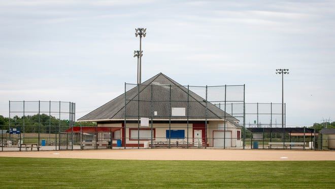 The Muncie SportsPlex softball-and-soccer complex on Country Club Road is in turmoil after a Ball State study showed that the facility has been facing annual losses in the tens of thousands of dollars.