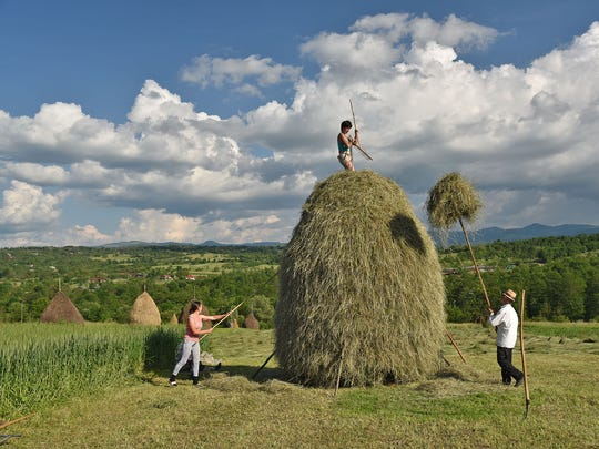 Parts of the Romanian countryside are like the Amish