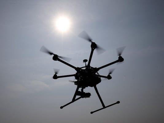 IMG_Drones_Sightings_5_1_67BK6MST.jpg_20150814.jpg