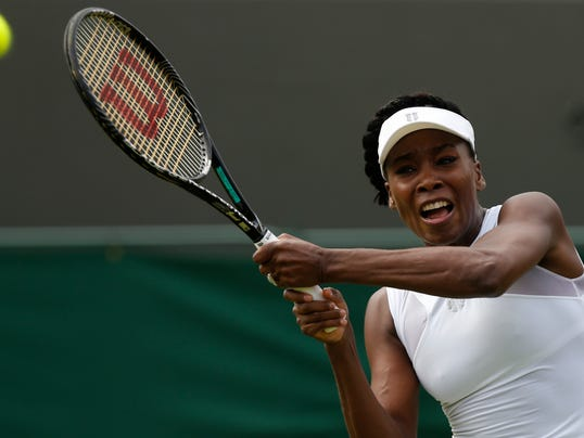2014-06-23-venus-williams-wimbledon-day-1