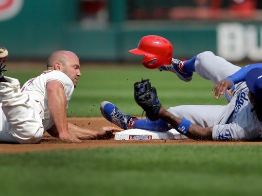 Dodgers Cardinals Bas_Shie.jpg