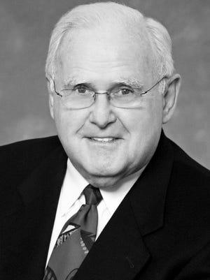 Howard Stringer, Nashville philanthropist and community leader, 87.