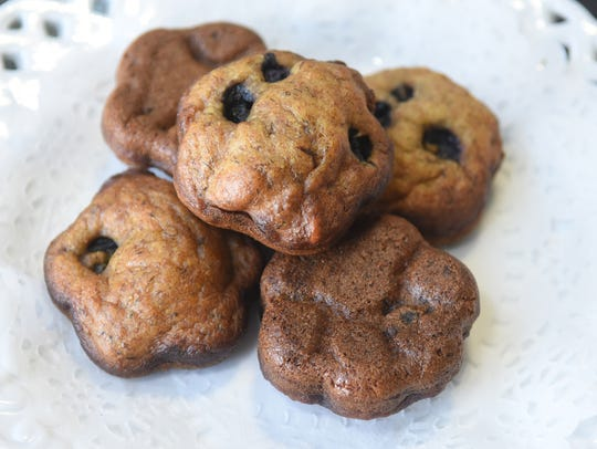 Blueberry and banana muffin gourmet dog treats by Lucy's