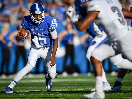 Kentucky vs Eastern Michigan Football