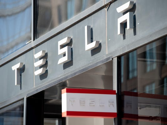 FILE-US-INTERNET-AUTOMIBILE-TRANSPORT-TESLA