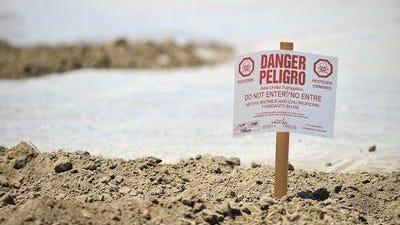 Una señal de advertencia se utiliza en donde se han aplicado pesticidas.
