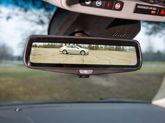 121814 CadillacMirror03.jpg