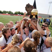 Bay Port girls soccer team makes history with WIAA D1 state title win