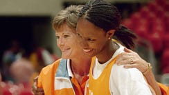 Chamique Holdsclaw,1995-99: Tennessee coach Pat Summitt