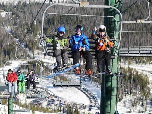 SAL0327-Ski Area Deals