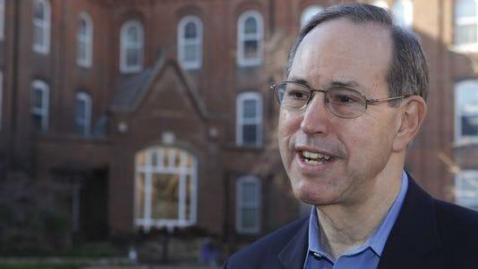 Former Ohio Gov. Bob Taft in 2012.