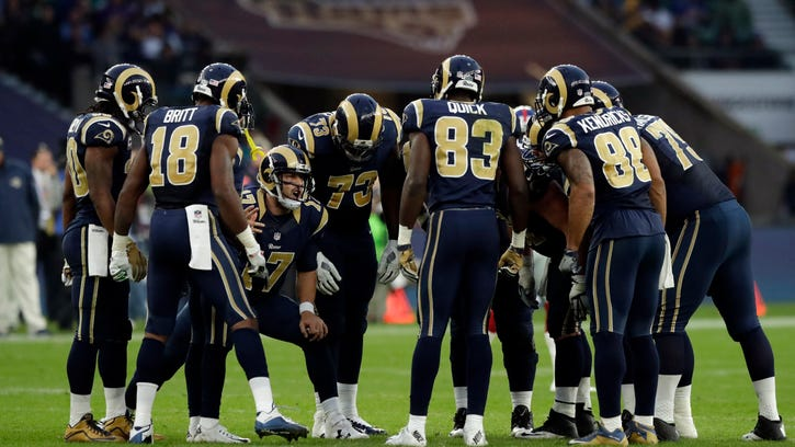 Rams' Fisher sticking with Keenum despite turnovers