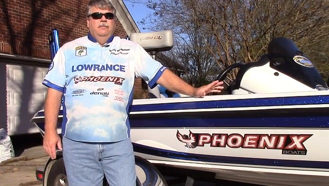 Bassmaster Open Series angler Scott McGehee talks about how to back up data from your Lowrance unit.
