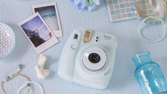Capture summer memories instantly.