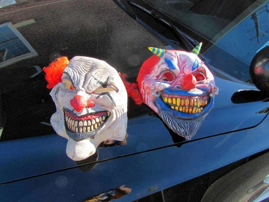 102116-ns-clowning-14344213.jpg