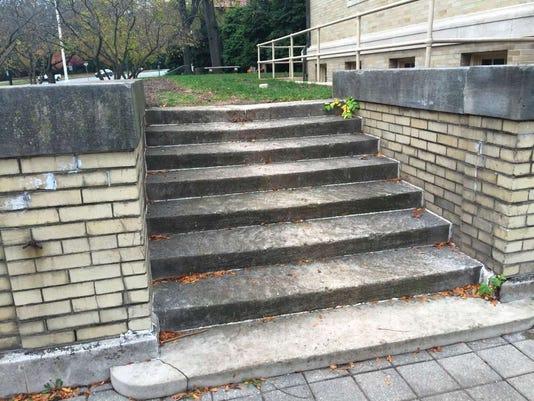 111016-gr-stairs.jpg