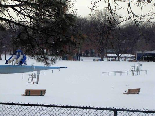 012816-cn-snowfalls.jpg