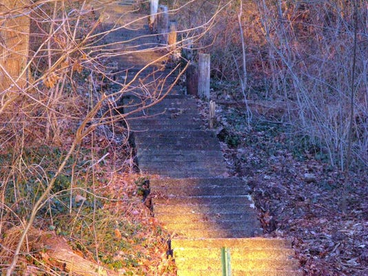062416-cj-mtprospectoldstairs.jpg