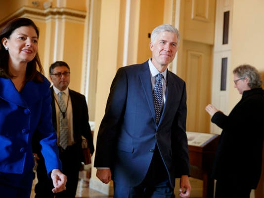 Neil Gorsuch, Kelly Ayotte