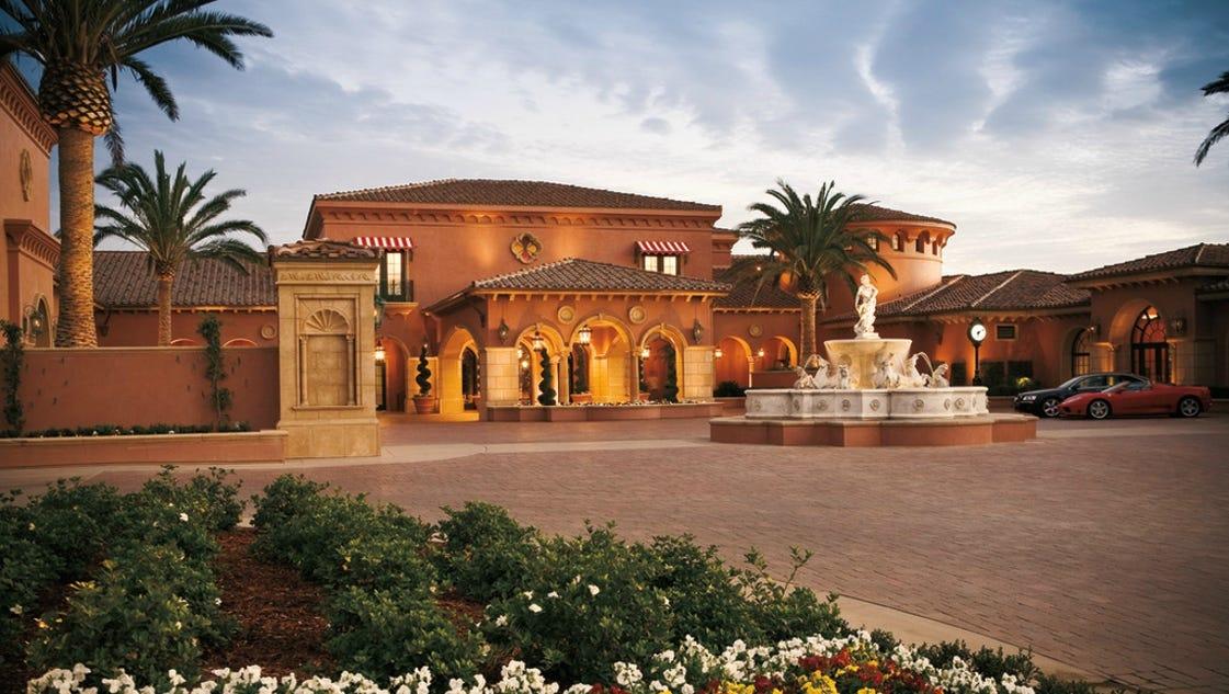 Tripadvisor reviewers name best hotels of 2014 for Worldwide motors san diego ca