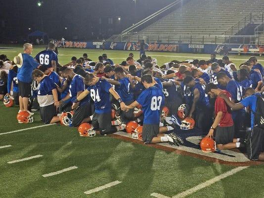 2016_camp_prayer