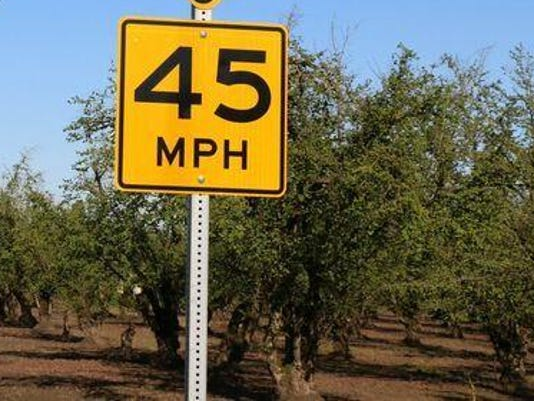 Speed curve advisories