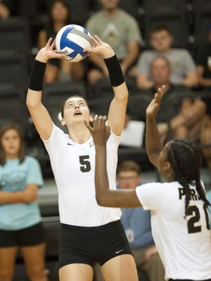Ashley Evans had a big weekend against Michigan and Michigan State to open Big Ten play.