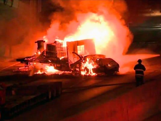 636675238522629843-AP-Fiery-Interstate-Crash.2.jpg