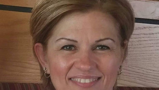Candidate for Cape Coral mayor, Sherry Leonard
