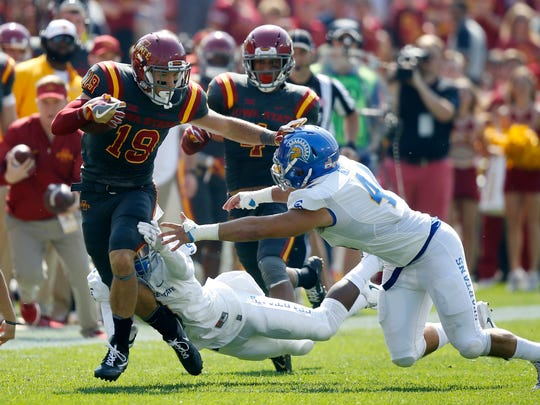 Iowa State's Trever Ryen tries to push past a pair of San Jose State defenders Saturday, Sept. 24, 2016 at Jack Trice Stadium in Ames.