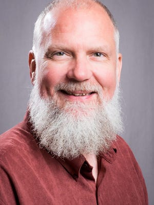 Mark Perzel, host and announcer for Cincinnati Public Radio, is leaving the station.