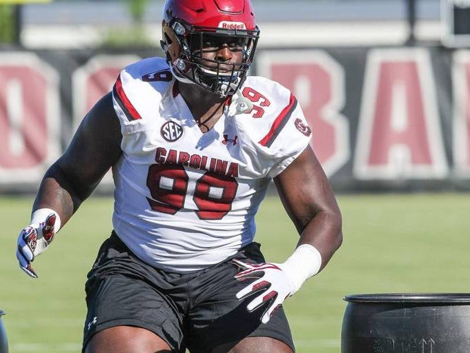 Javon Kinlaw spurned Alabama to sign with the University of South Carolina.
