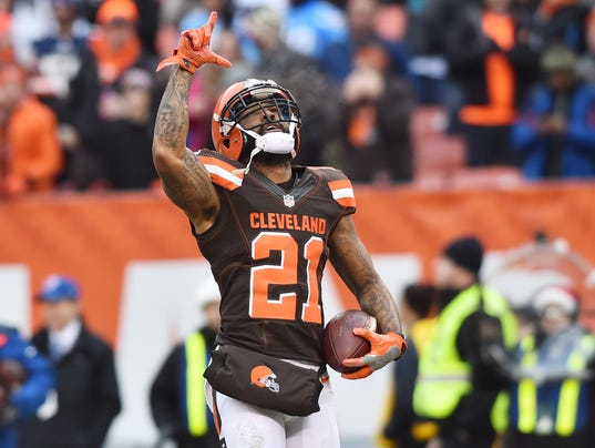 Browns Beat Chargers To Avoid 0 16 Season And Win Again