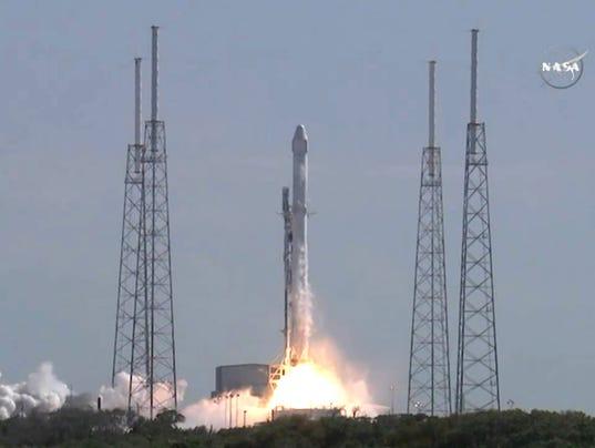 EE.UU.-SPACE-SpaceX-AEROESPACIAL-cohetes