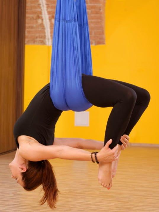 aerial yoga 180001190.jpg
