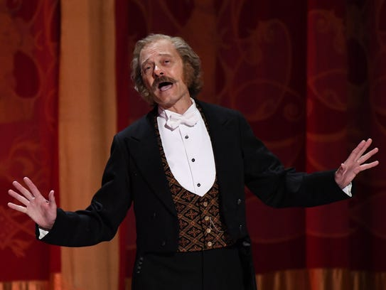 David Hyde Pierce and the cast of 'Hello, Dolly!' perform