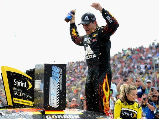 Jeff Gordon's confidence growing as wins pile up