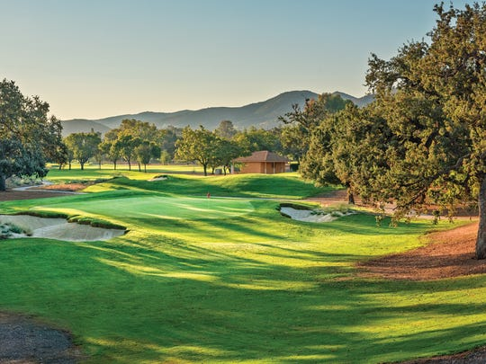 Los Robles Greens Golf Course drastically reduced its use of water, going beyond California's requirements.