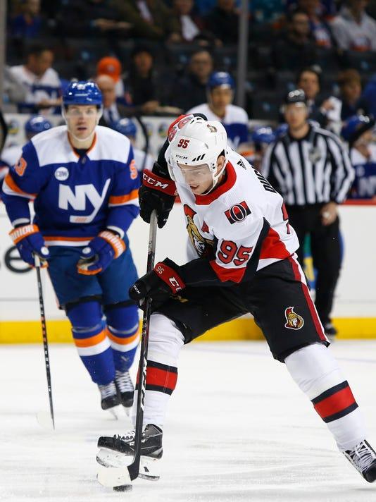 Senators_Islanders_Hockey_01520.jpg