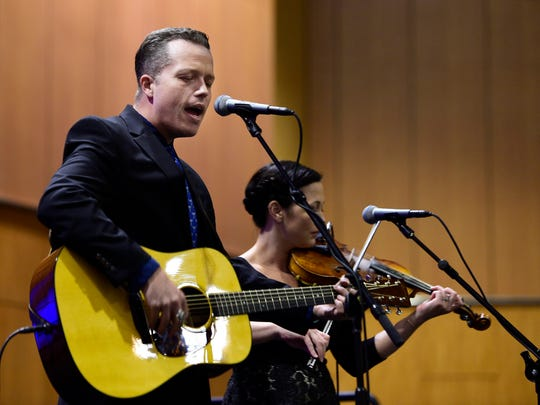 Jason Isbell and Amanda Shires played two sets Tuesday at the Country Music Hall of Fame and Museum for Chicagoans gathered around a video wall at South Michigan Avenue and Congress Parkway.